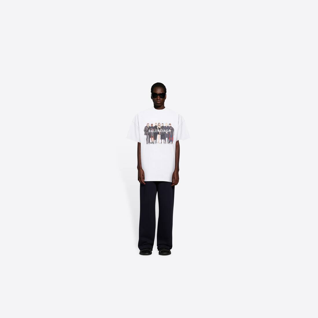 Display zoomed version of real balenciaga medium fit t-shirt 6