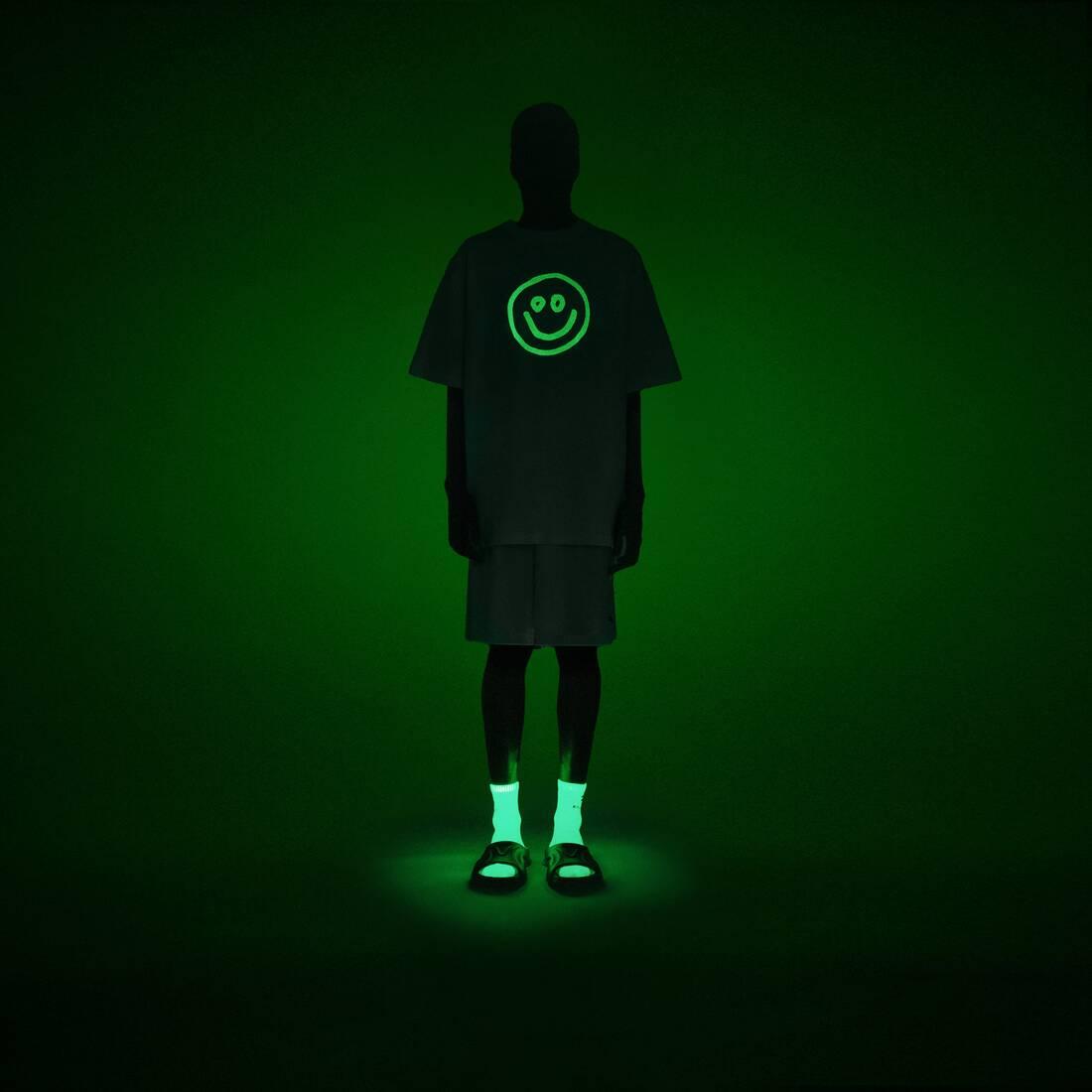 Display zoomed version of glow flatground tシャツ  6
