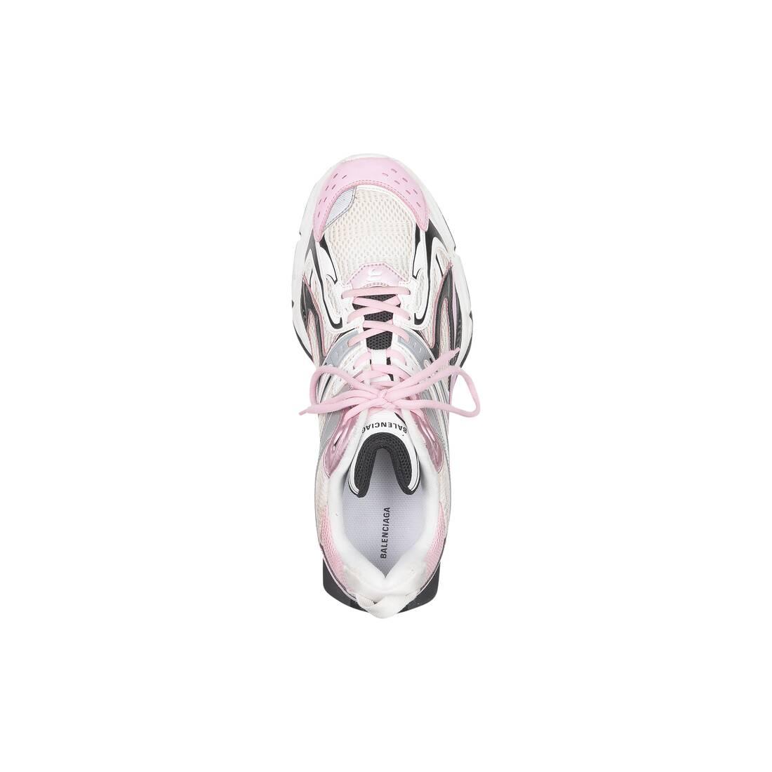 Display zoomed version of x-pander sneaker 5