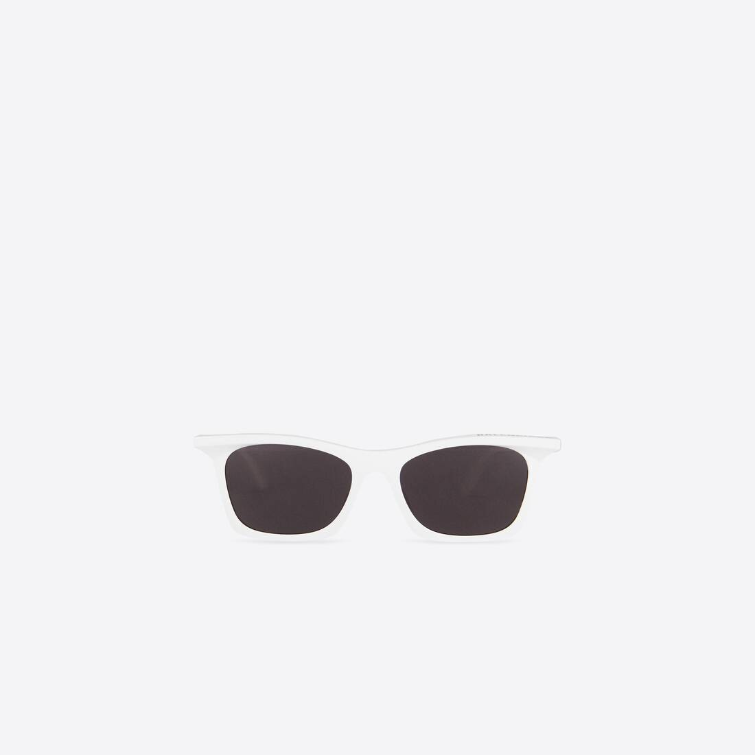 Display zoomed version of rim rectangle sunglasses 1