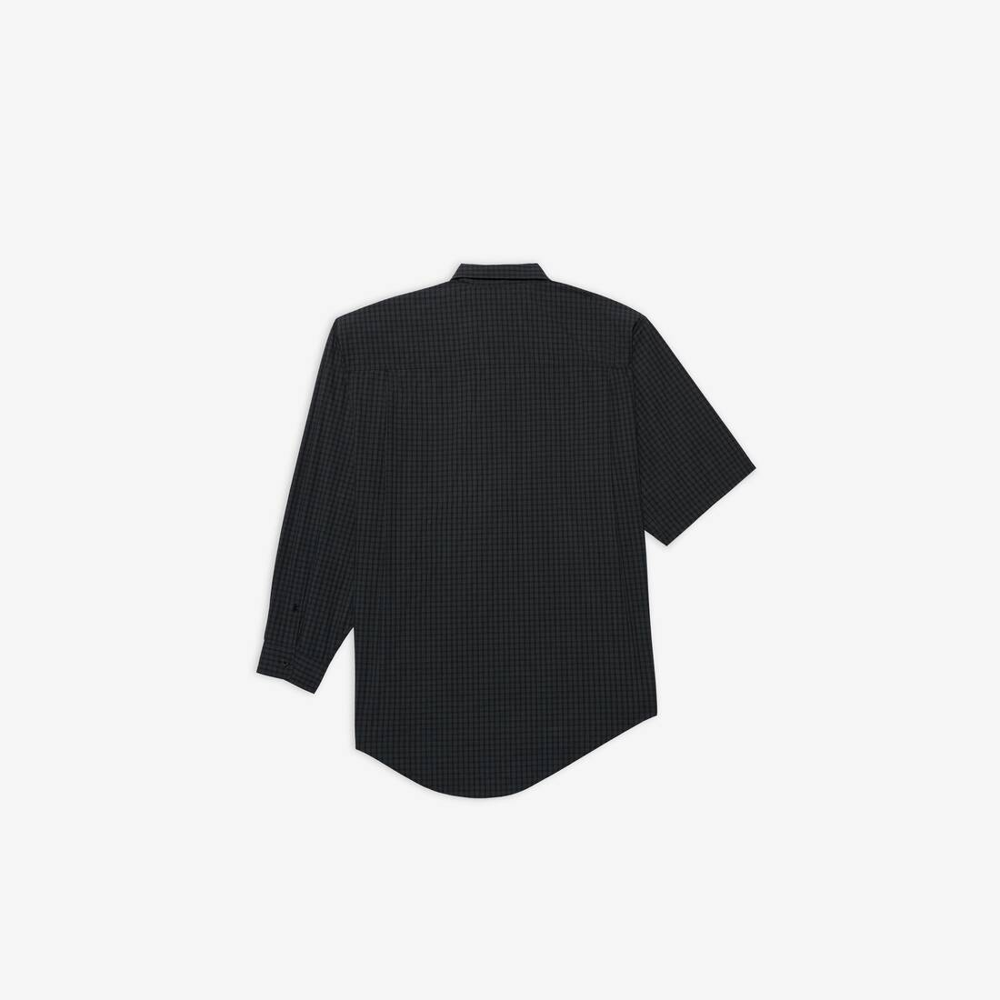 Display zoomed version of asymmetric shirt 2