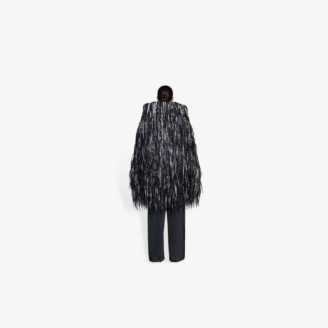 Display zoomed version of new fur coat 5
