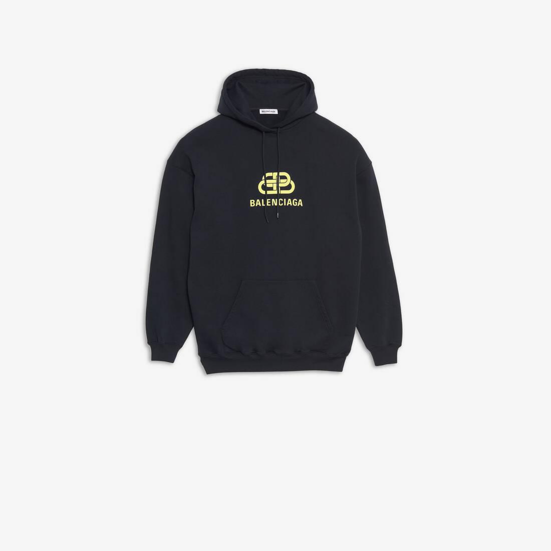 Display zoomed version of bb hoodie 1