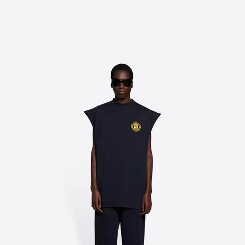 quest sleeveless t-shirt
