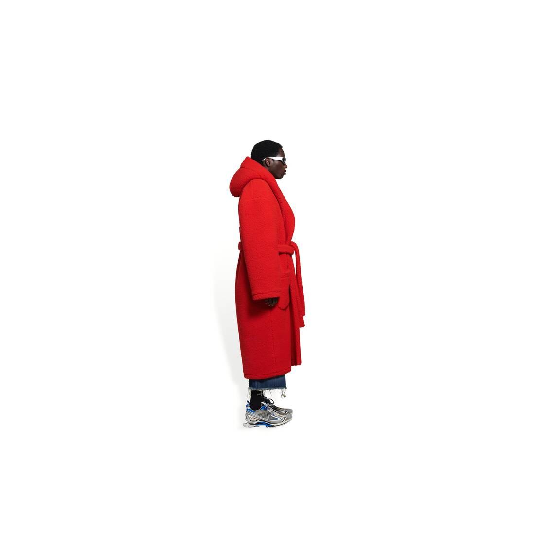 Display zoomed version of hooded bathrobe 4