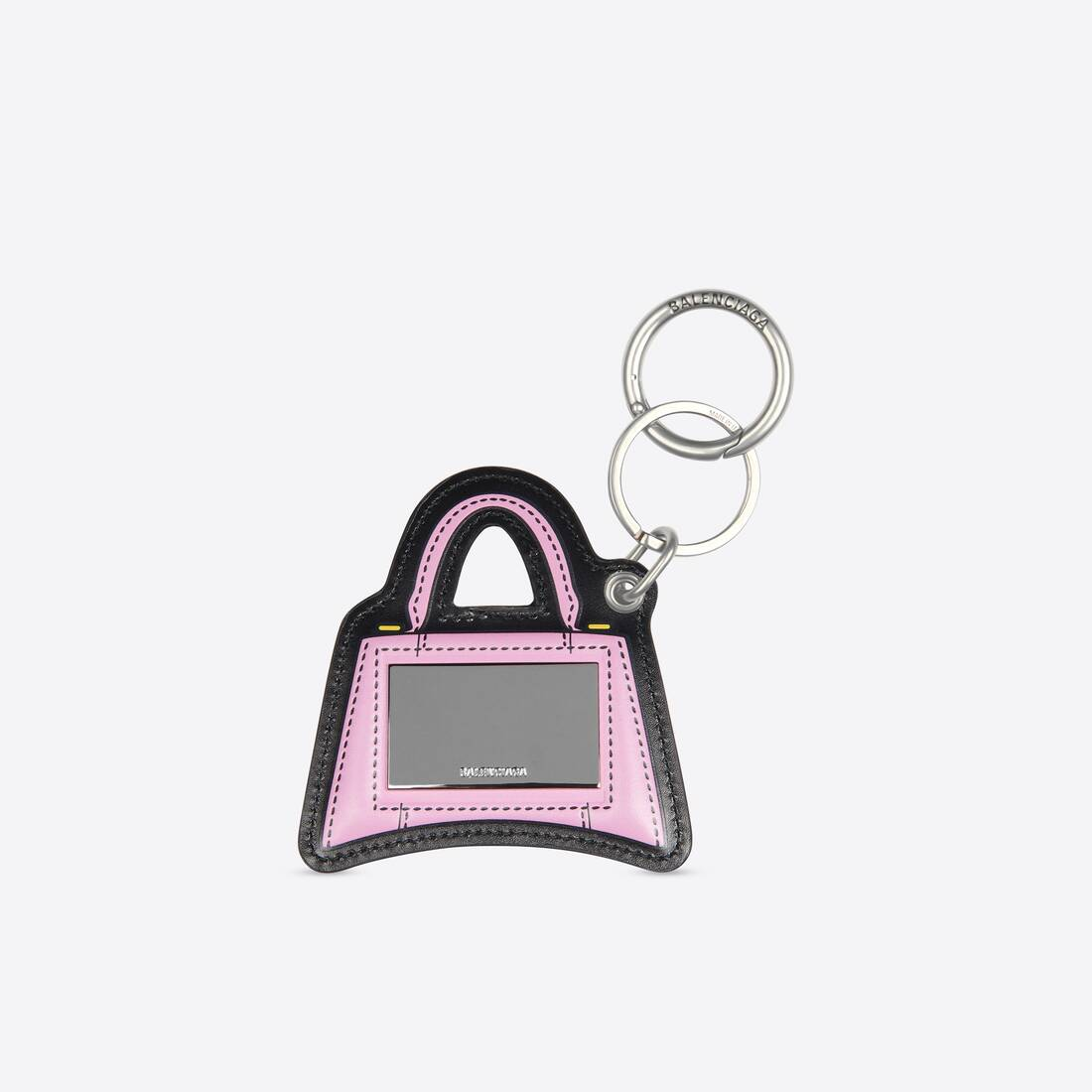 Display zoomed version of hourglass mirror keyring 2