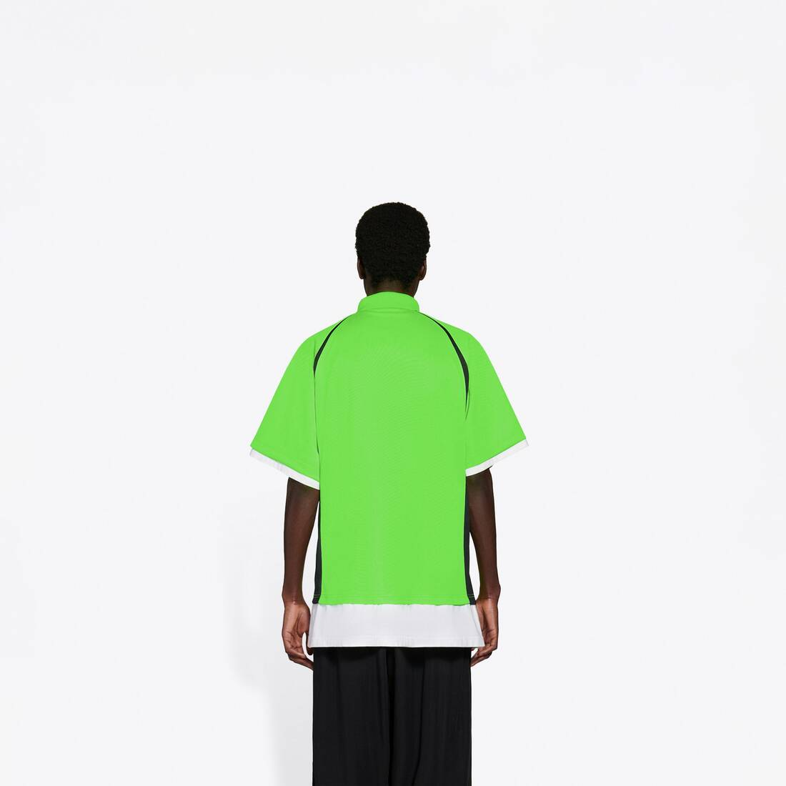 Display zoomed version of layered sport polo 5