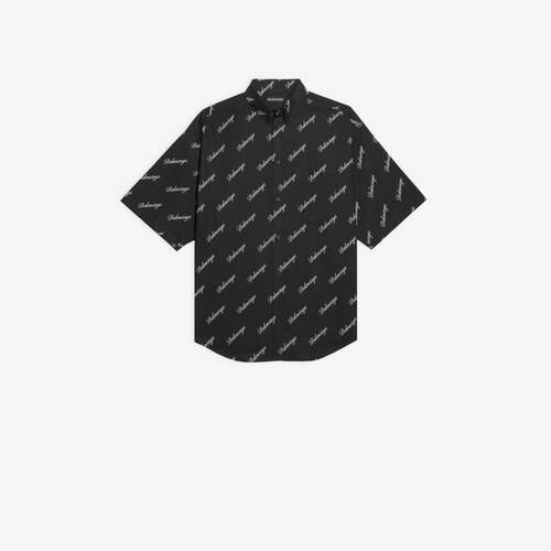 allover script logo short sleeve large fit shirt