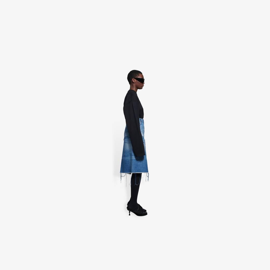 Display zoomed version of 5 pockets slit skirt 4