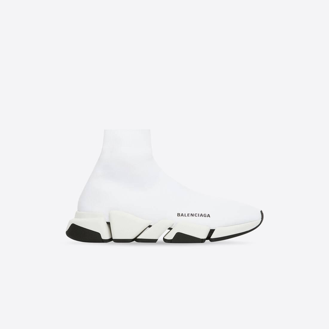 Display zoomed version of speed 2.0 sneaker 1