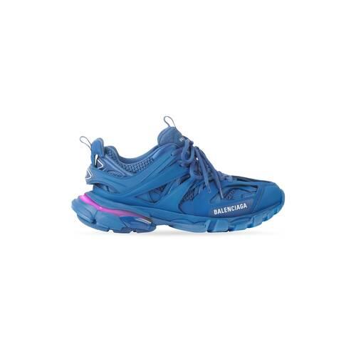 track led sneaker