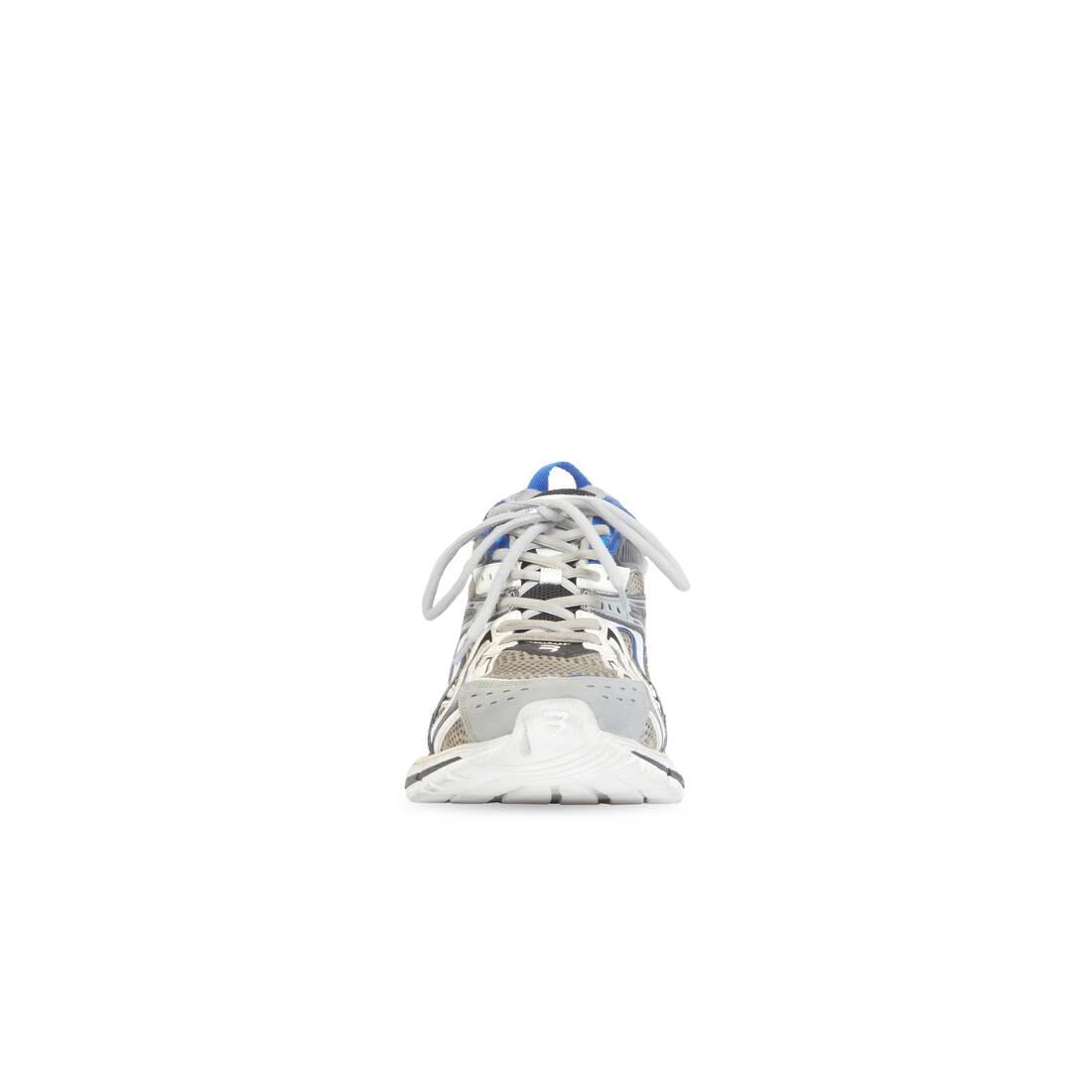 Display zoomed version of sneaker x-pander 3
