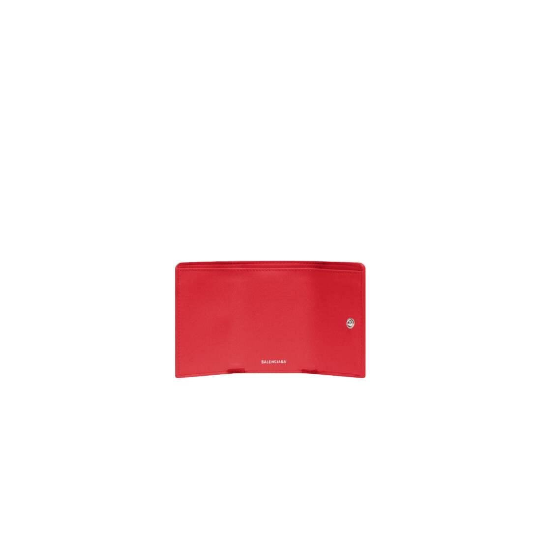 Display zoomed version of papier mini wallet 4
