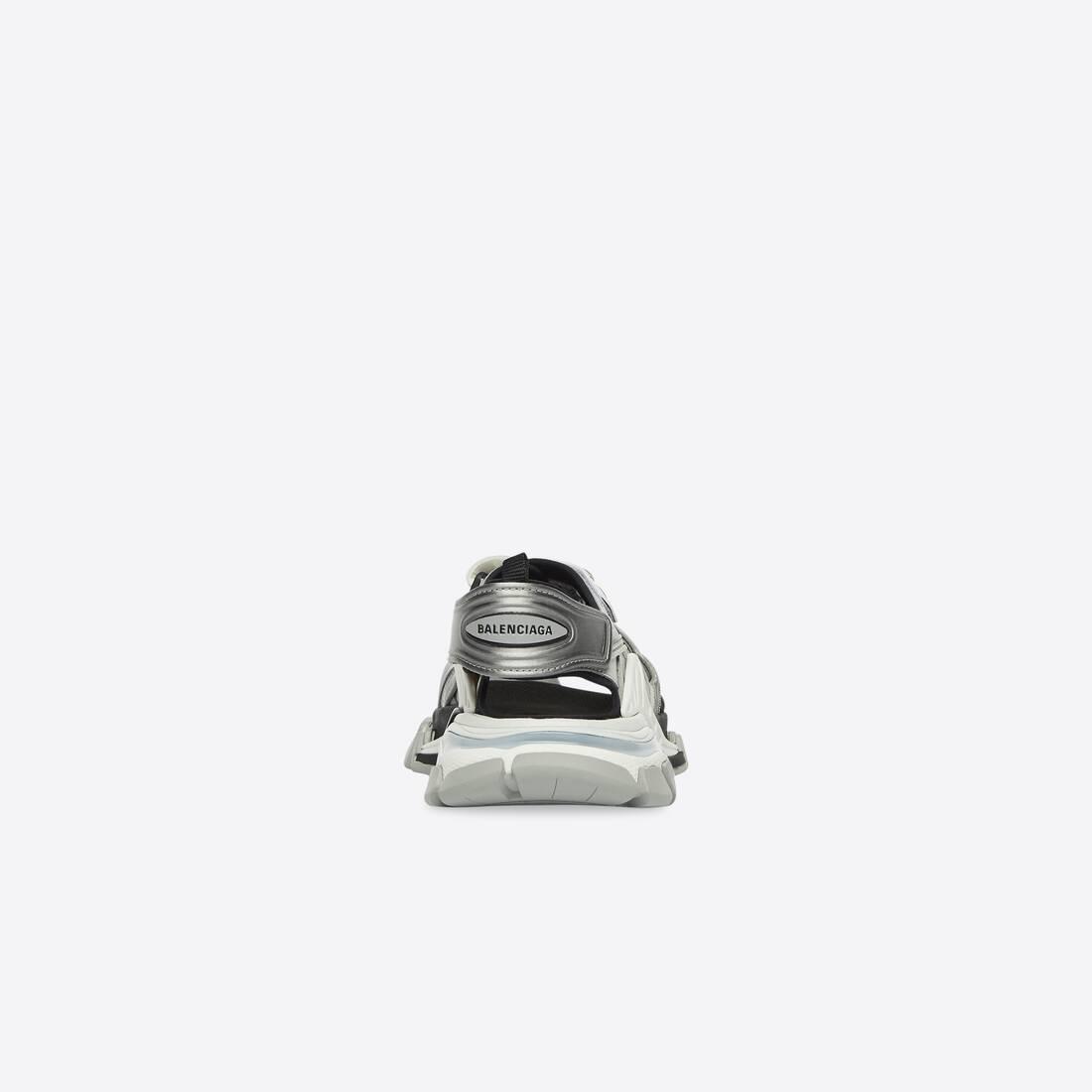 Display zoomed version of track sandal 2