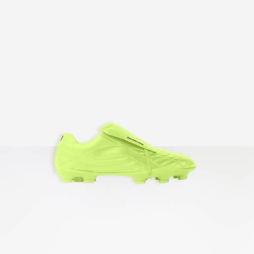 sneakers soccer