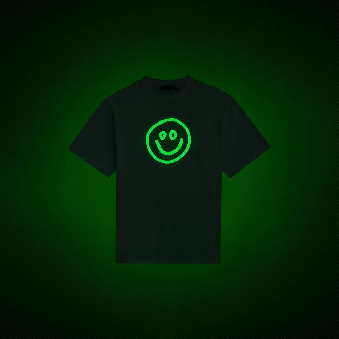 Display zoomed version of gitd smile boxy t-shirt 1