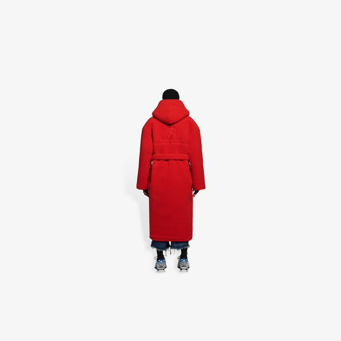 Display zoomed version of hooded bathrobe 5