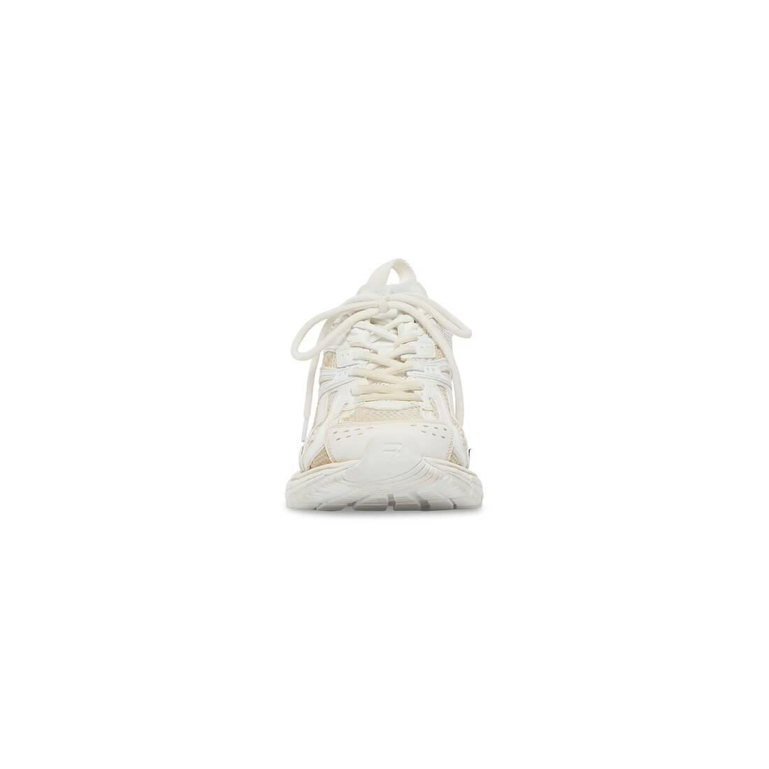 Display zoomed version of x-pander sneaker 3