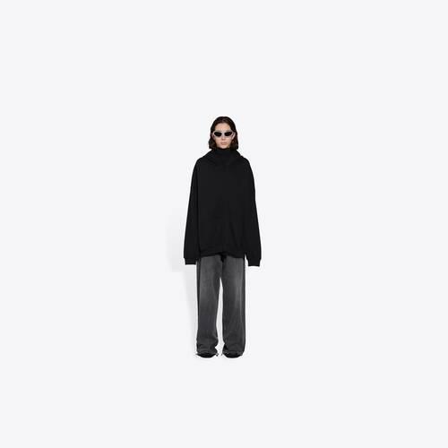 resorts zip-up hoodie
