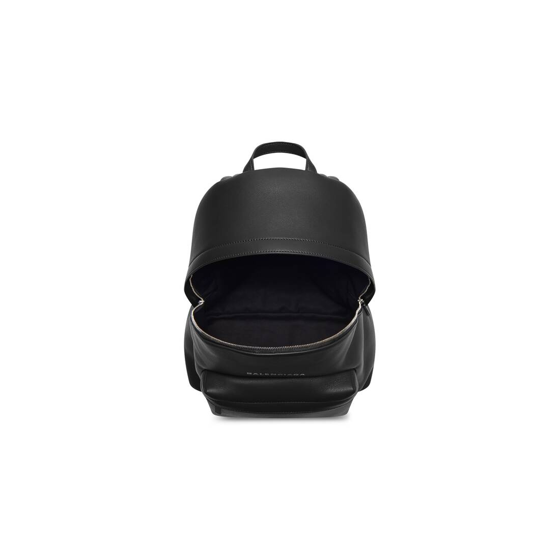 Display zoomed version of everyday backpack 4