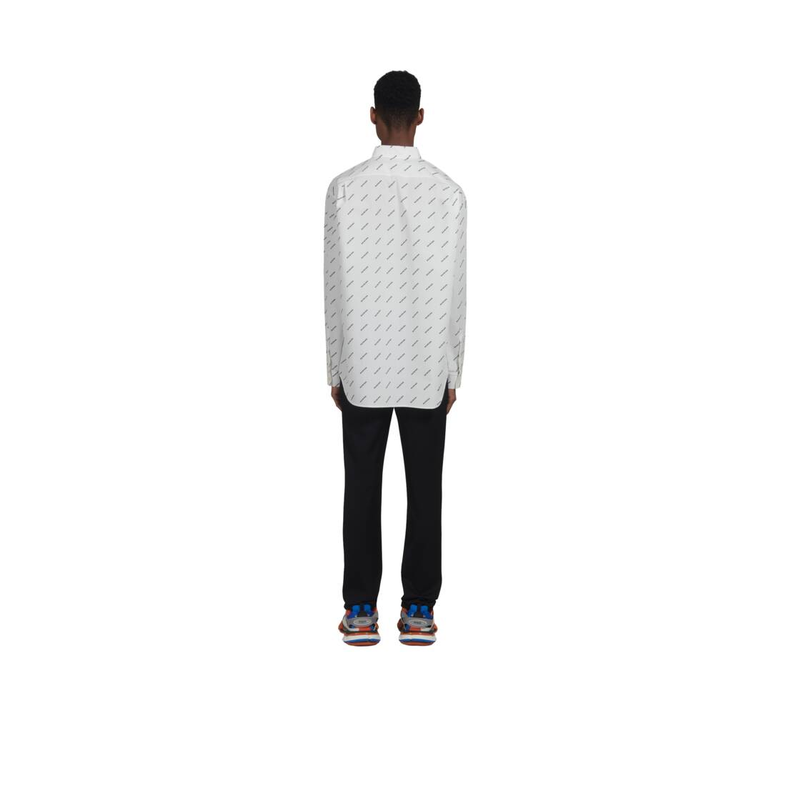 Display zoomed version of normal fit shirt 5