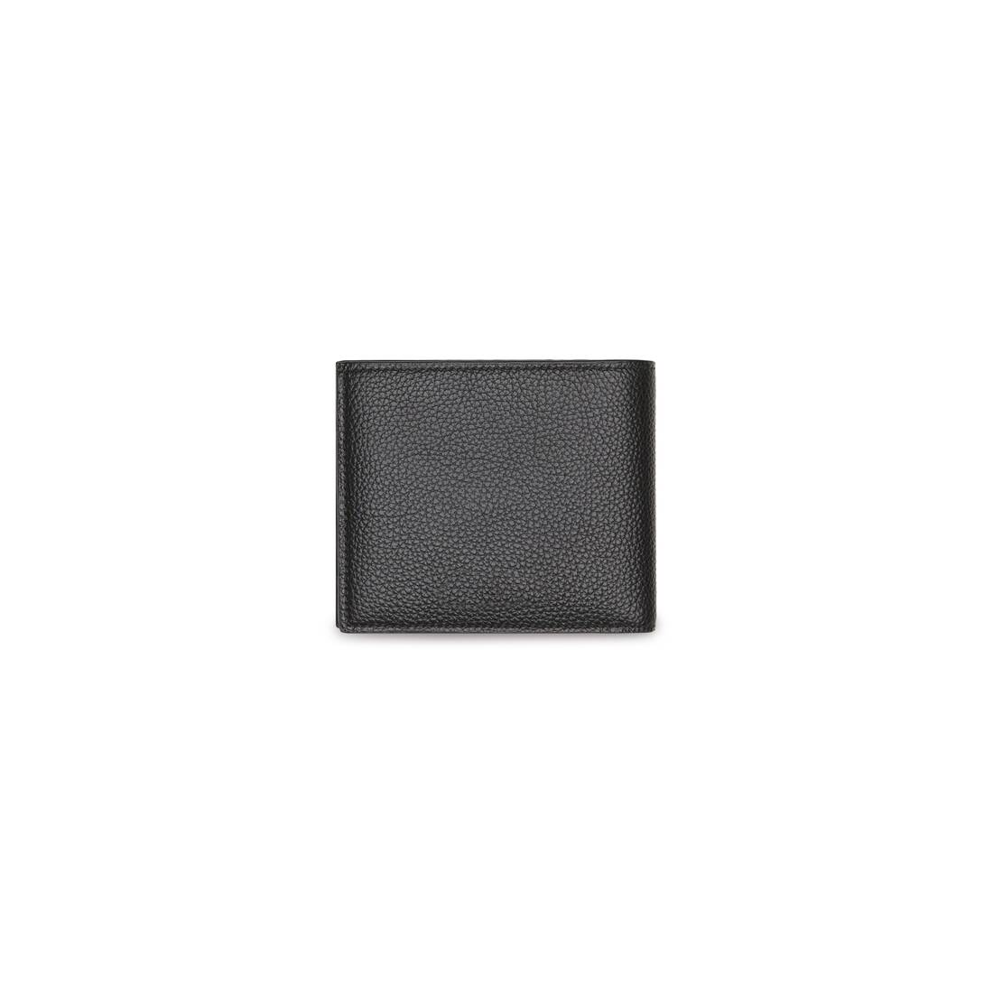 Display zoomed version of essential square folded coin wallet  2