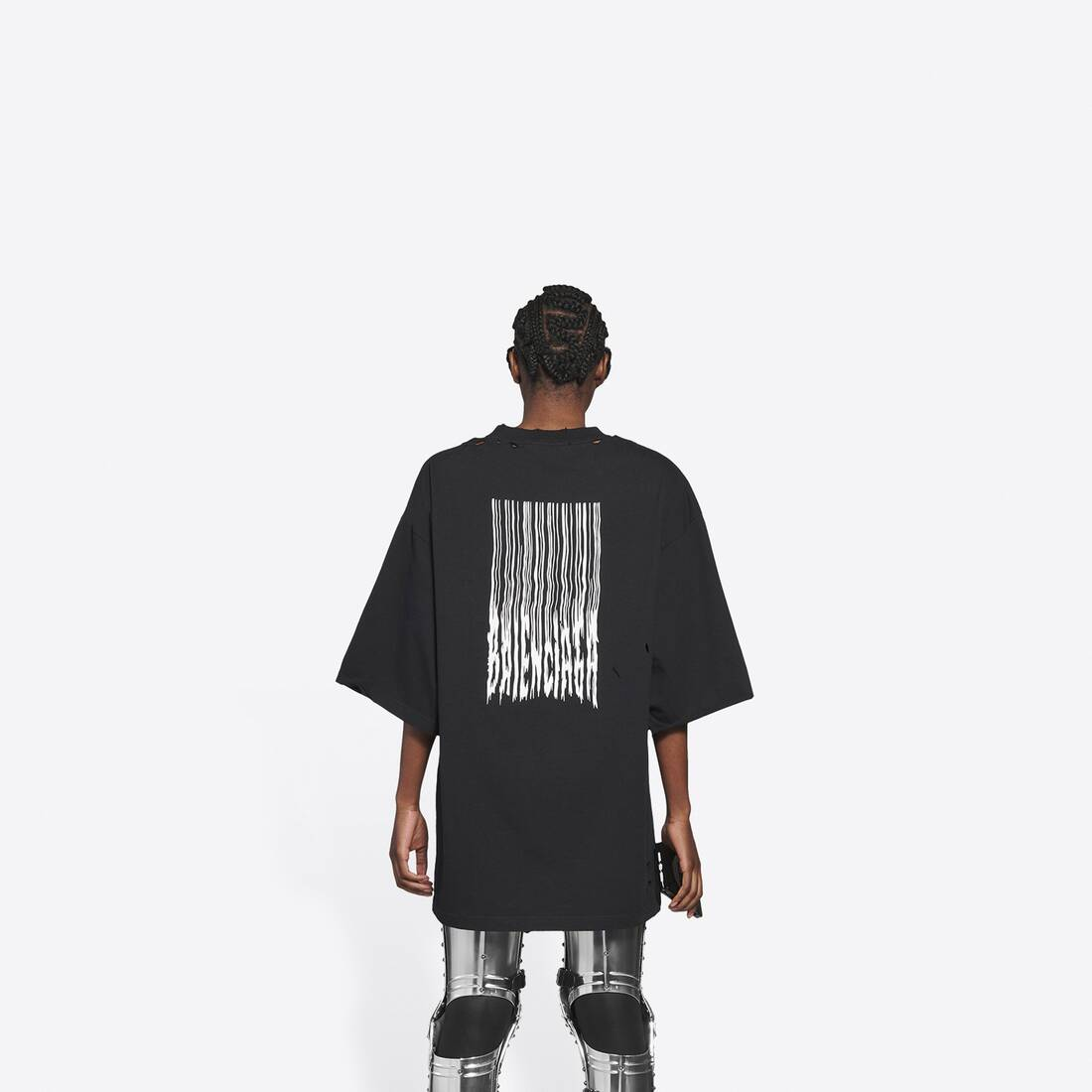 Display zoomed version of barcode wide fit t-shirt  5
