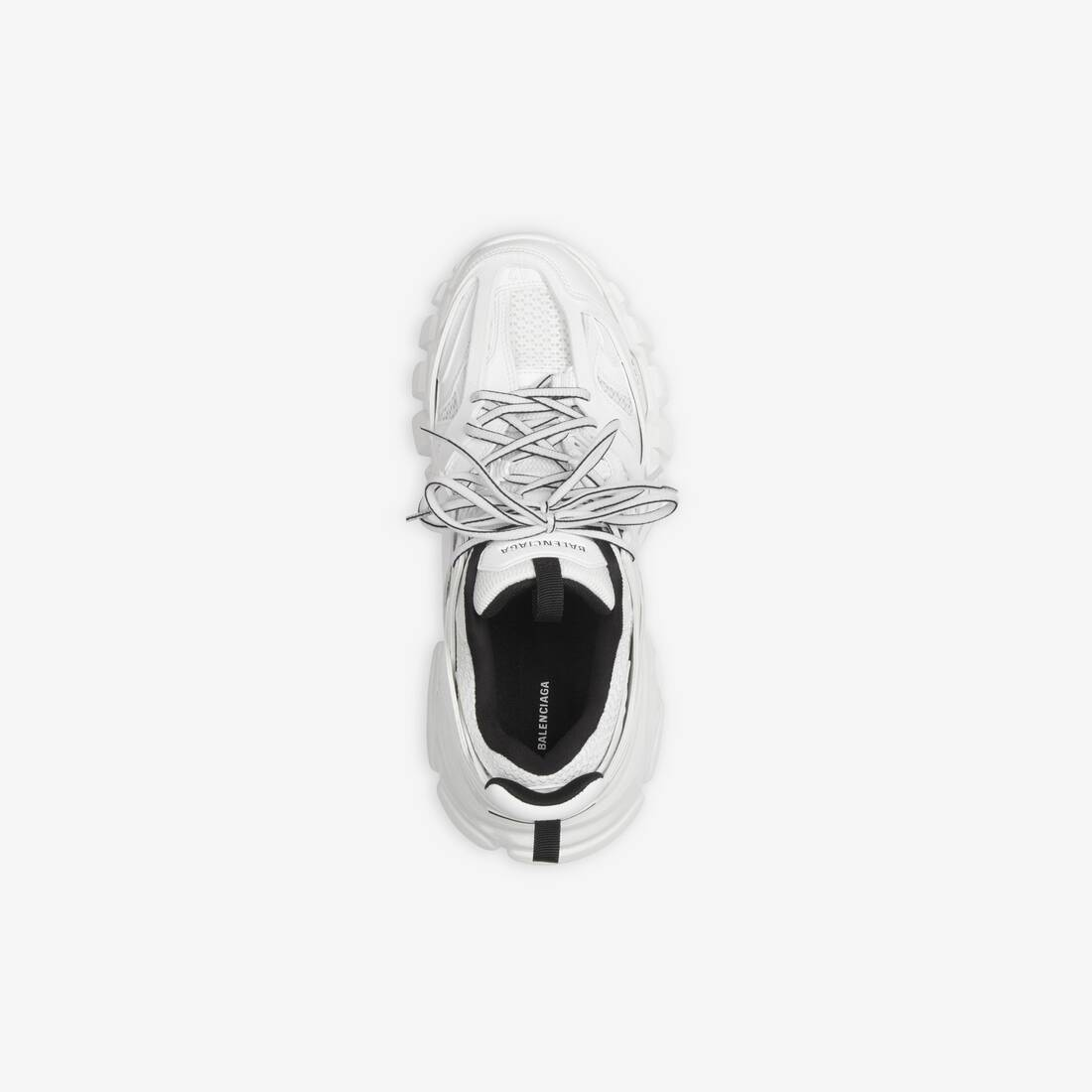 Display zoomed version of track sneaker 5