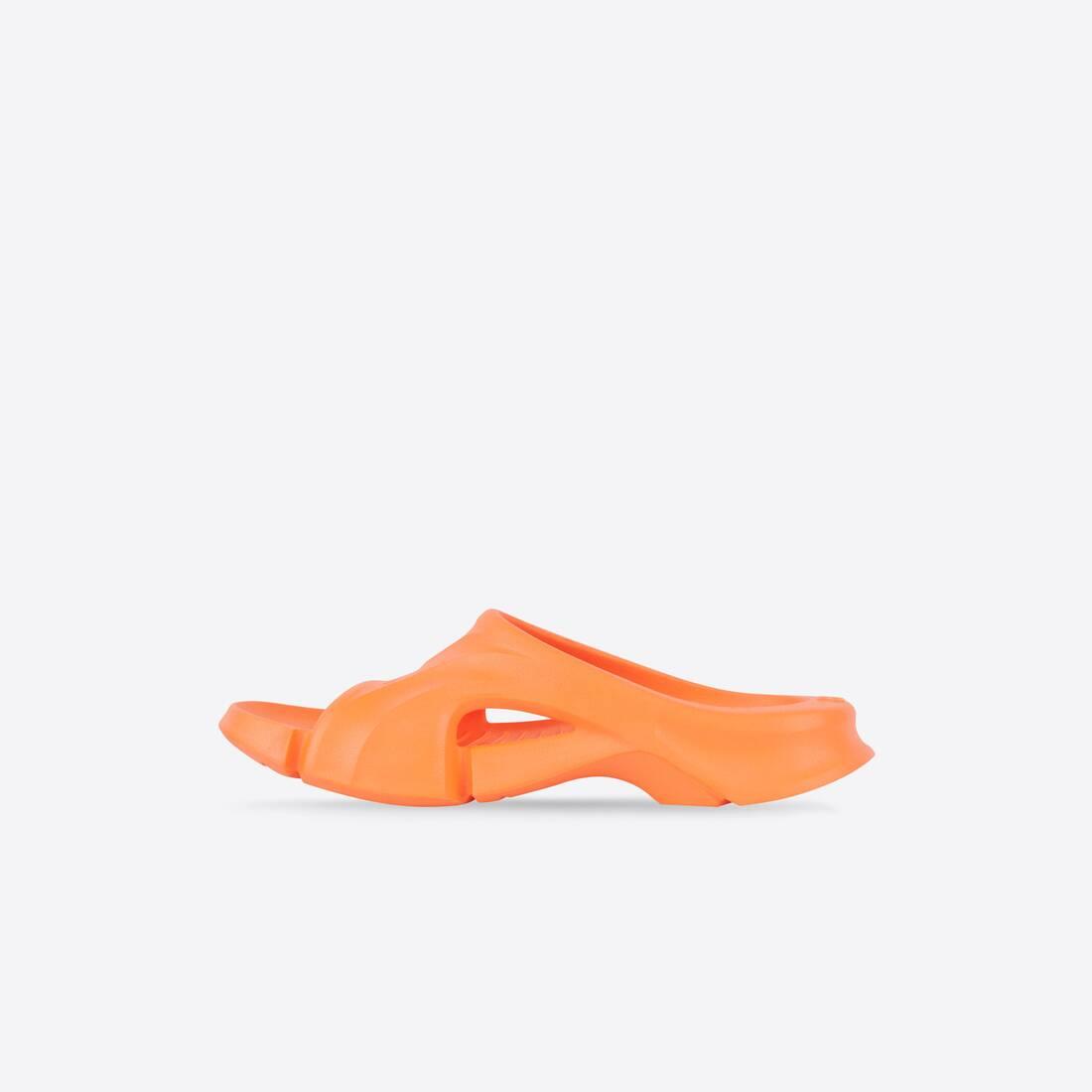Display zoomed version of mold slide sandal 4