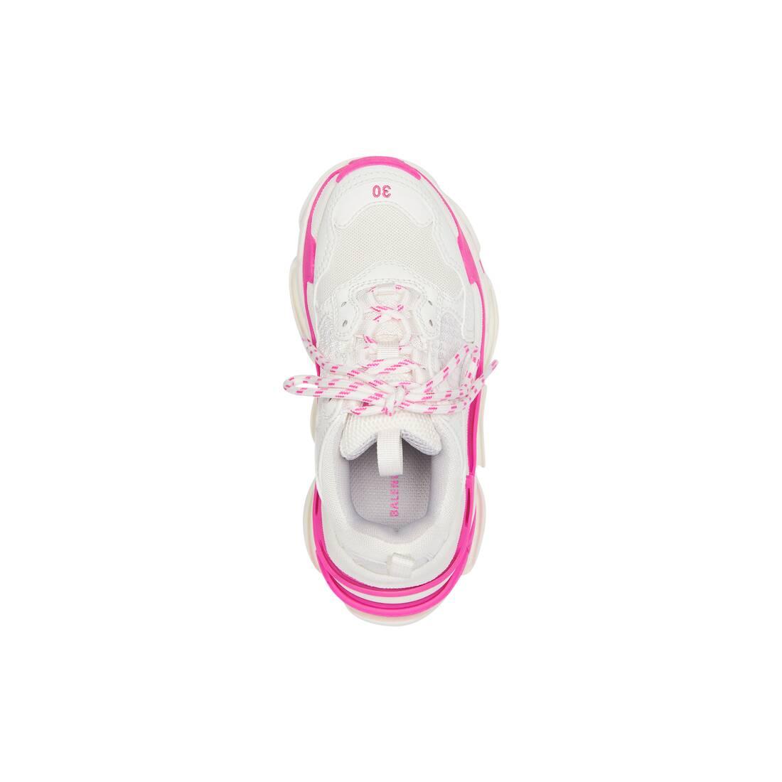 Display zoomed version of kids - triple s sneaker 5