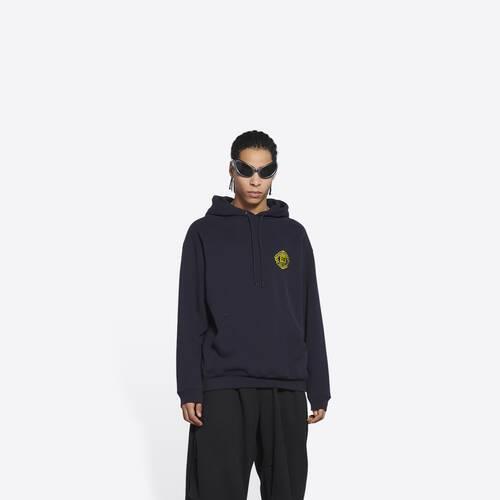 quest medium fit hoodie