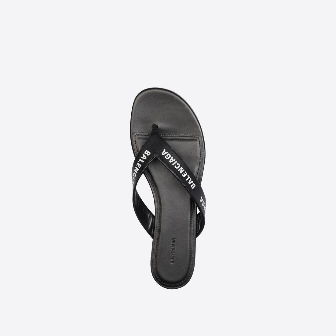 Display zoomed version of allover logo round thong sandal 4