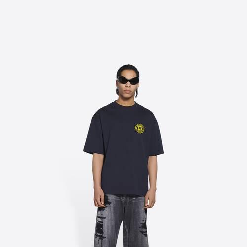 quest medium fit t-shirt