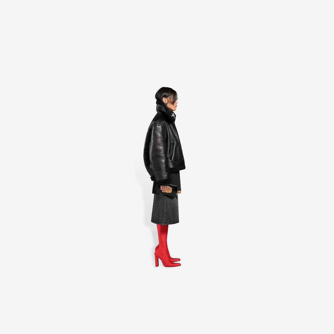 Display zoomed version of cocoon shearling jacket 4