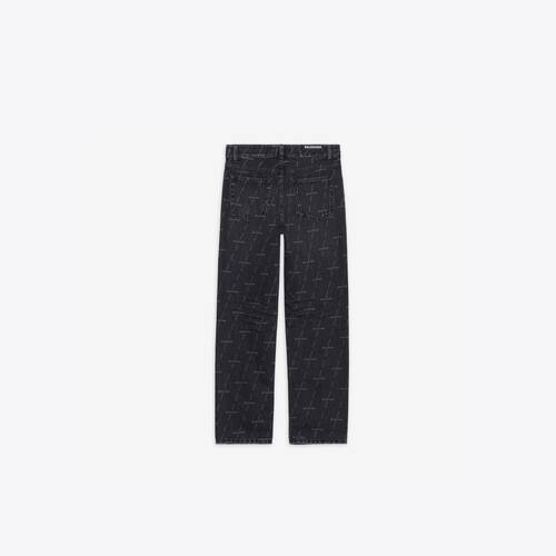 regular pants