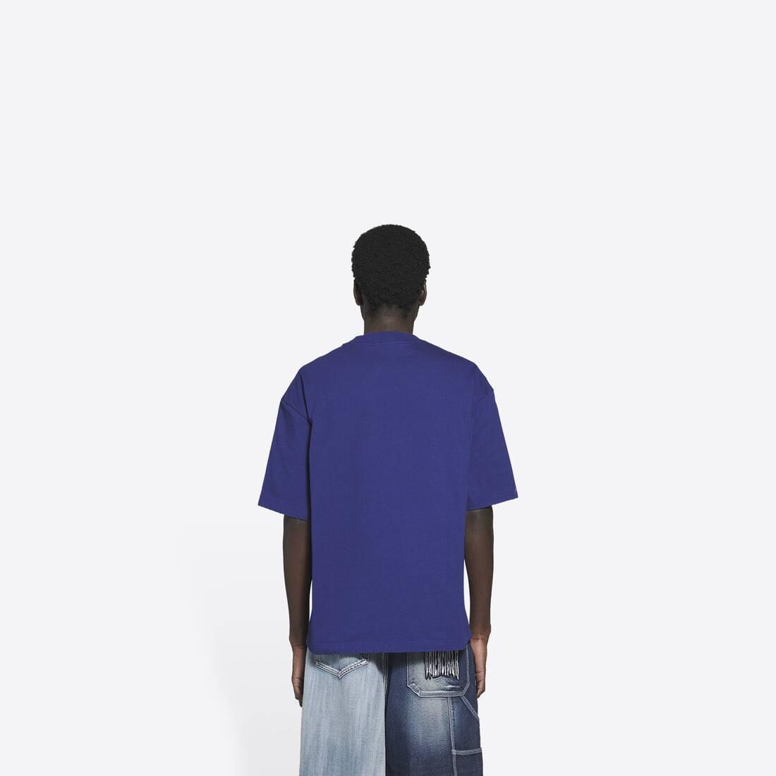 Display zoomed version of free medium fit t-shirt 5