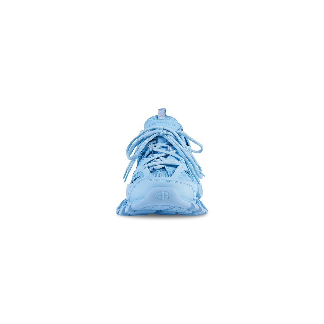 Display zoomed version of track sneaker 3