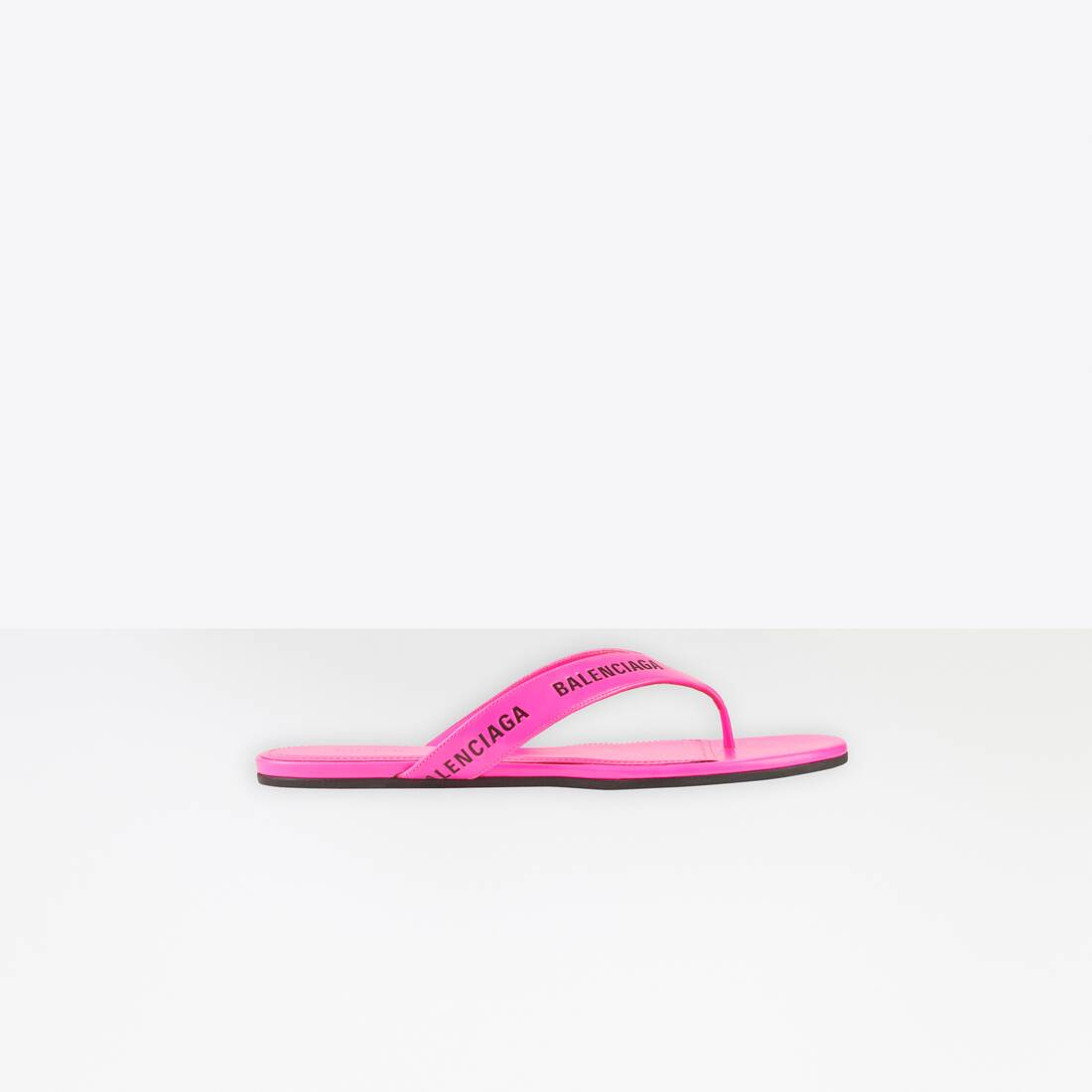 Display zoomed version of allover logo round thong sandal 1