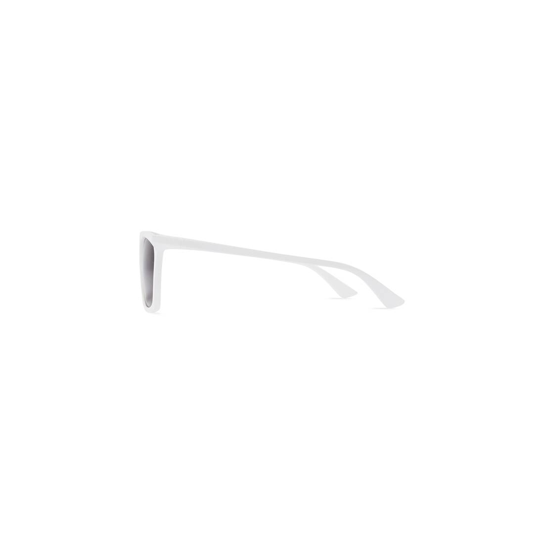 Display zoomed version of rim rectangle sunglasses adjusted fit 2
