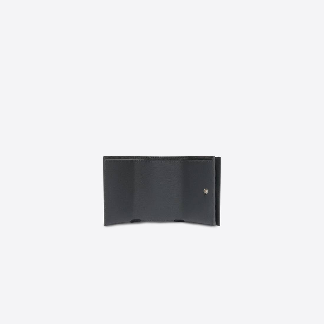 Display zoomed version of cash mini wallet 4