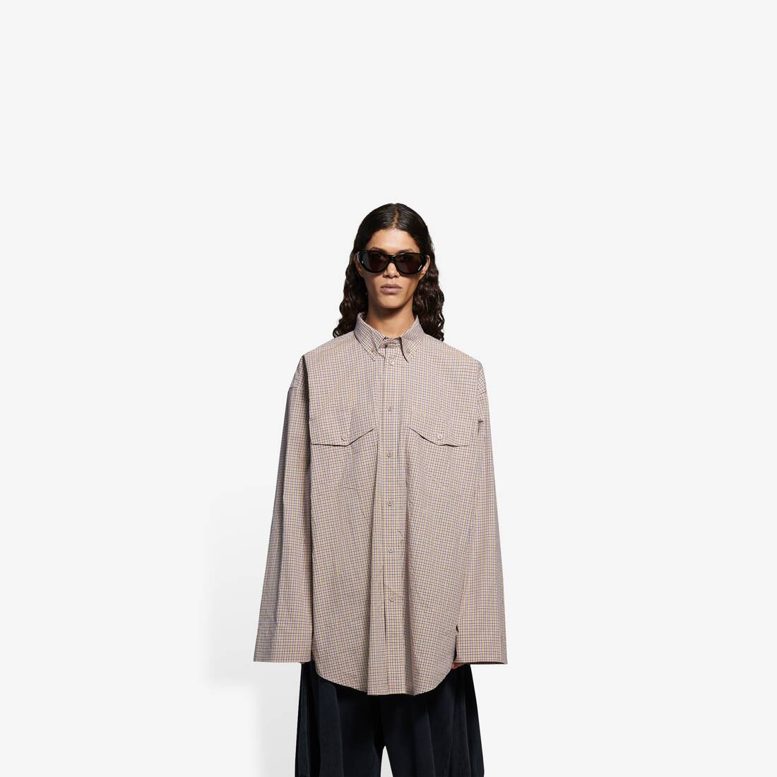 Display zoomed version of oversize button-down shirt 3