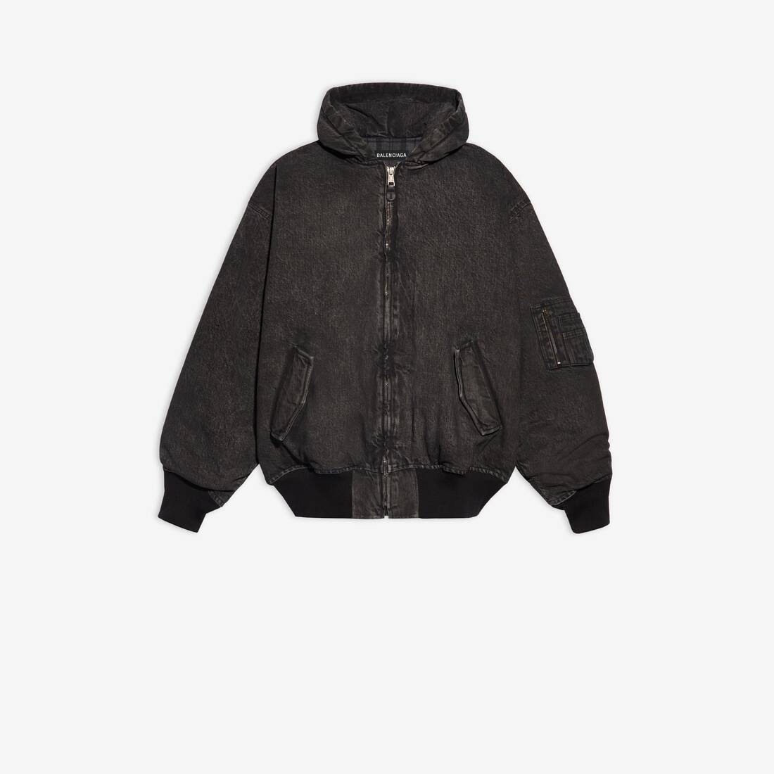 Display zoomed version of hooded bomber 1