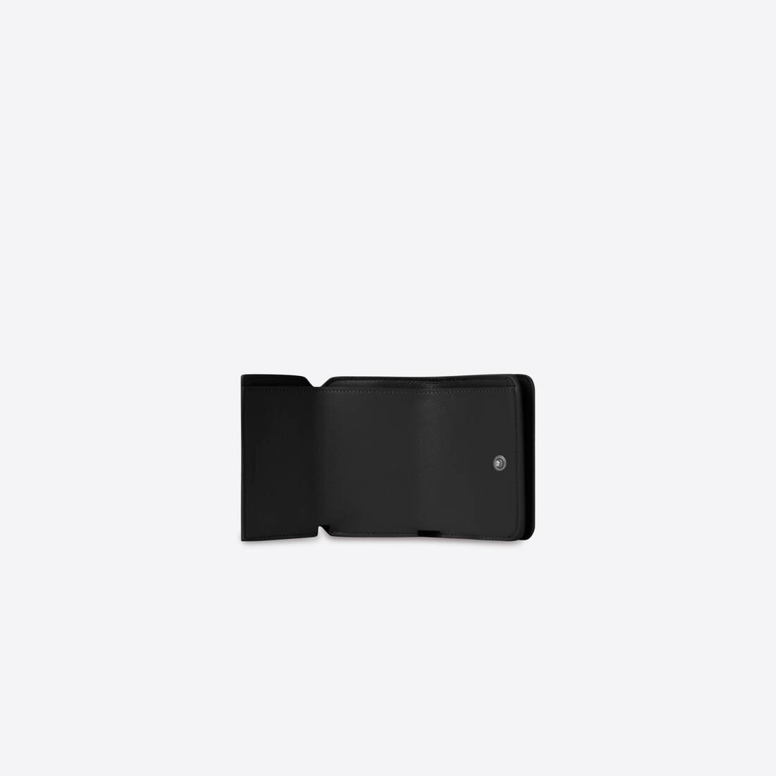 Display zoomed version of essential mini wallet 4