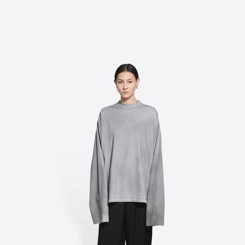 apparel rentals long sleeve t-shirt