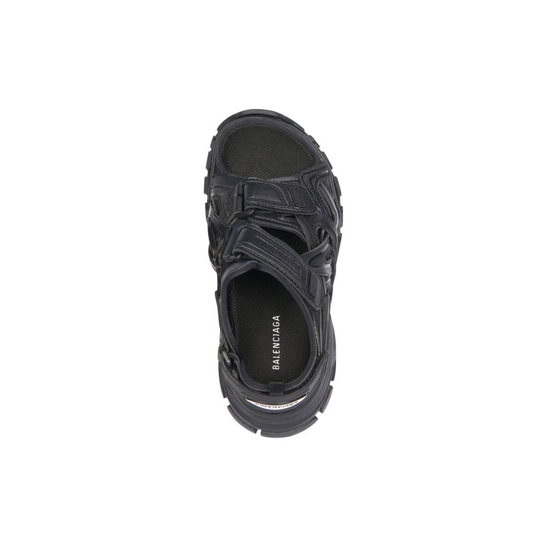 Display zoomed version of kids - track sandal 5