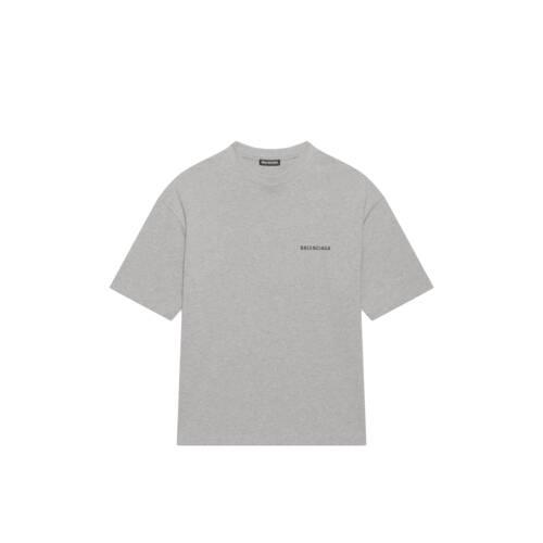 medium fit t-shirt