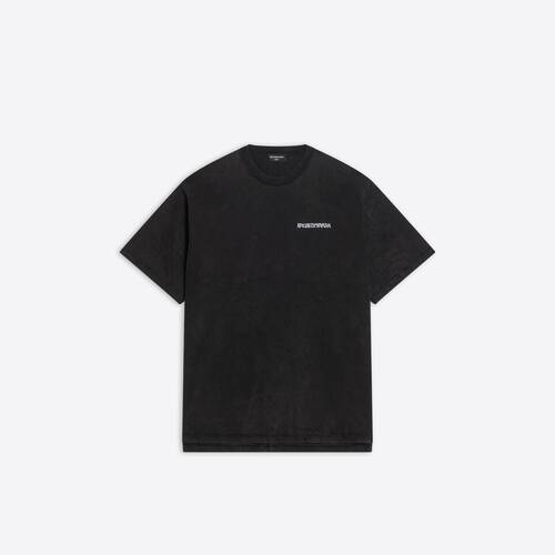 turn slit t-shirt