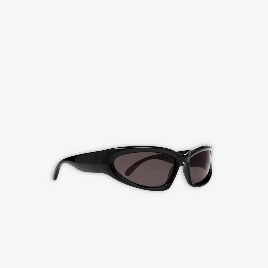 Display zoomed version of swift oval sunglasses 3