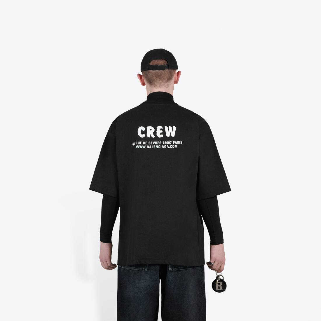 Display zoomed version of t-shirt fit large crew 7