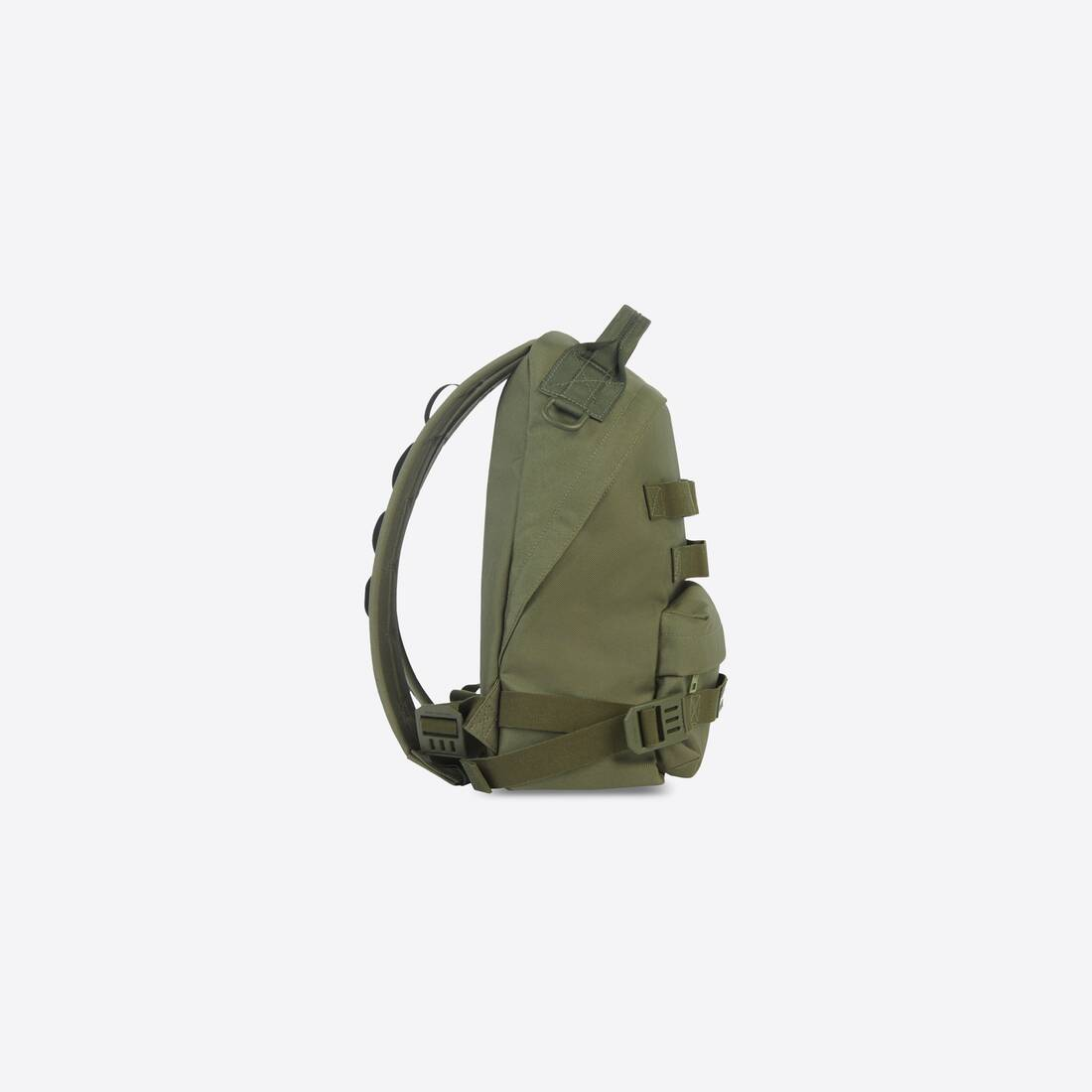 Display zoomed version of army multicarry backpack 3